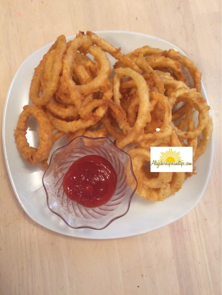 onion rings served