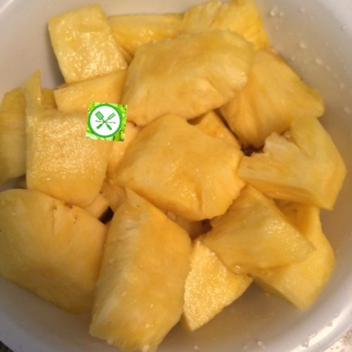 Pineapple syrup pineapple in chunks