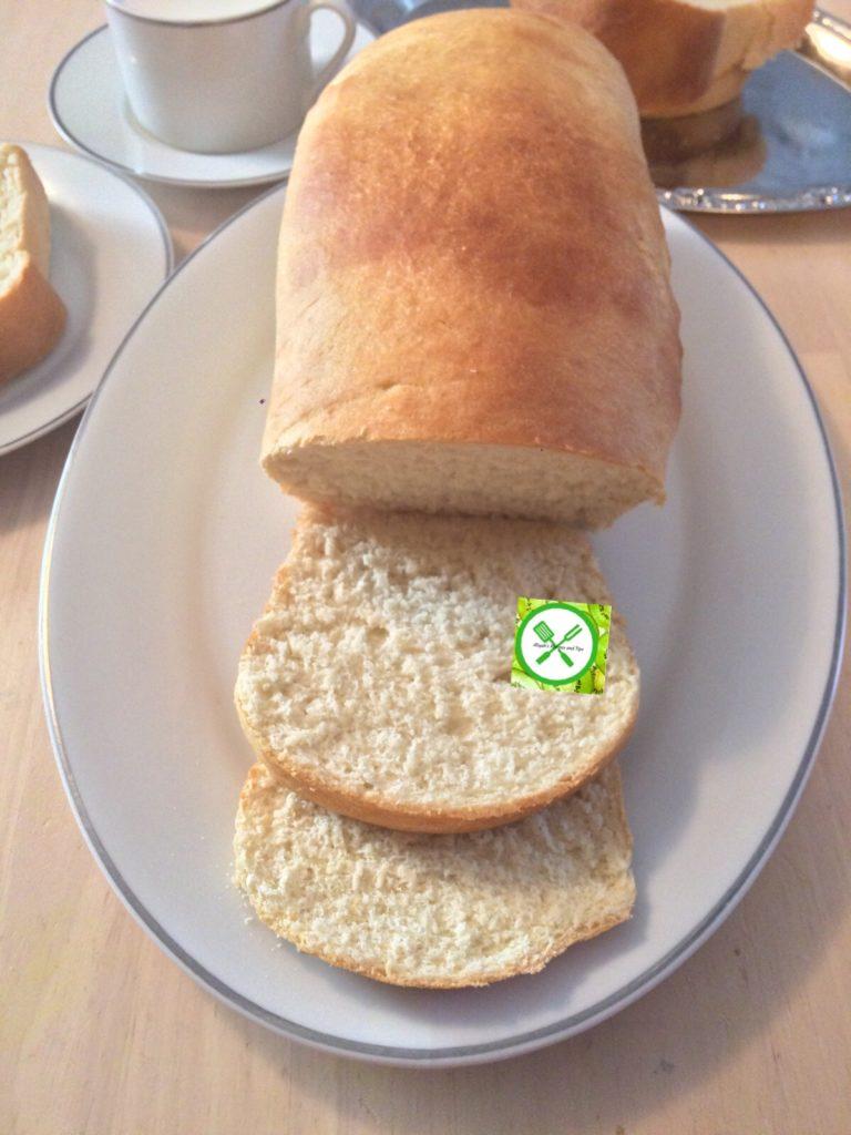 White sandwich bread served