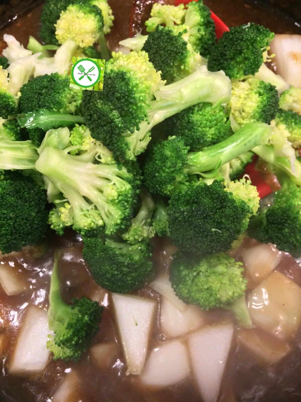 Easy beef and broccoli add broccoli