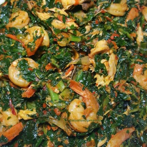 efo riro pounded yam, efo riro, food, kale, spinach, rice, Igbo soup, Yoruba soup, South east Nigeria soup, Hausa soup, Ibo soup, African soup, egusi, igerian efo riro, African efo riro, Yoruba efo riro, Yoruba, eba, Spinach and kale, vegetable soup, vegetable stew, Nigerian, African