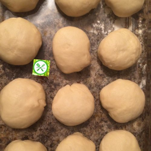 Easy and Fast Dinner Rolls