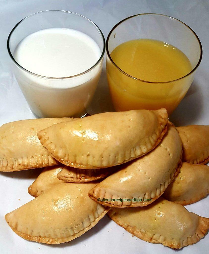 Pie, Meatpie, meat pie,African pie, Nigerian meat pie, African meatpie,beef, Nigerian, patty, empanadas, ground beef, potatoes, snack, African snacks, Nigerian snacks