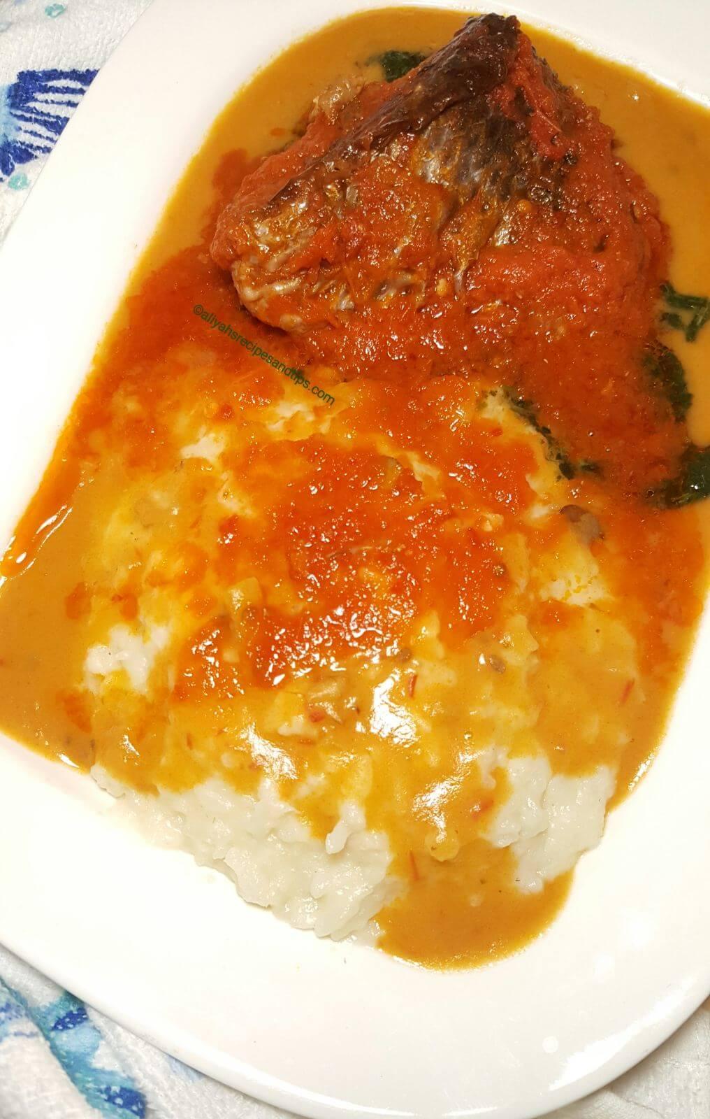 rice tuwo, tuwo shinkafe, how to make tuwo shinkafa, hausa, Miyan kuka, Nigerian, Tuwo shinkafa rice flour, fufu, gbegiri