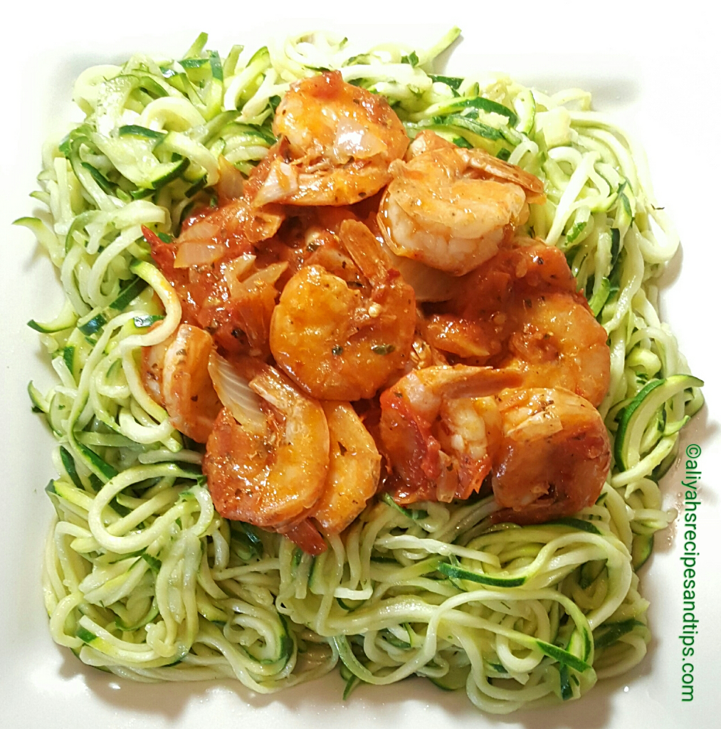 Zoodles with tomato-basil shrimps