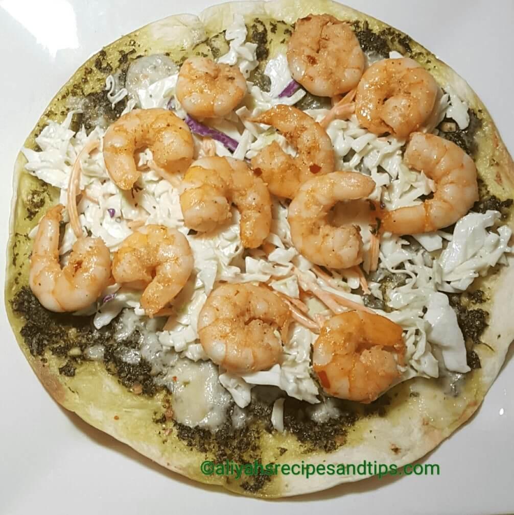 Tortilla Pesto Pizza With Shrimp, Tortilla pizza, how to make tortilla pizza with shrimp, tortilla with shrimp, tortilla flour