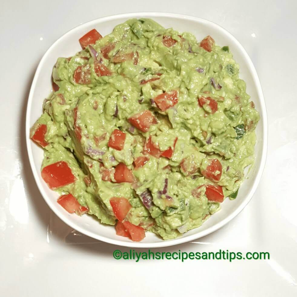 Guacamole, how to make guacamole, Mexican guacamole, best guacamole recipe, Guacamole recipe