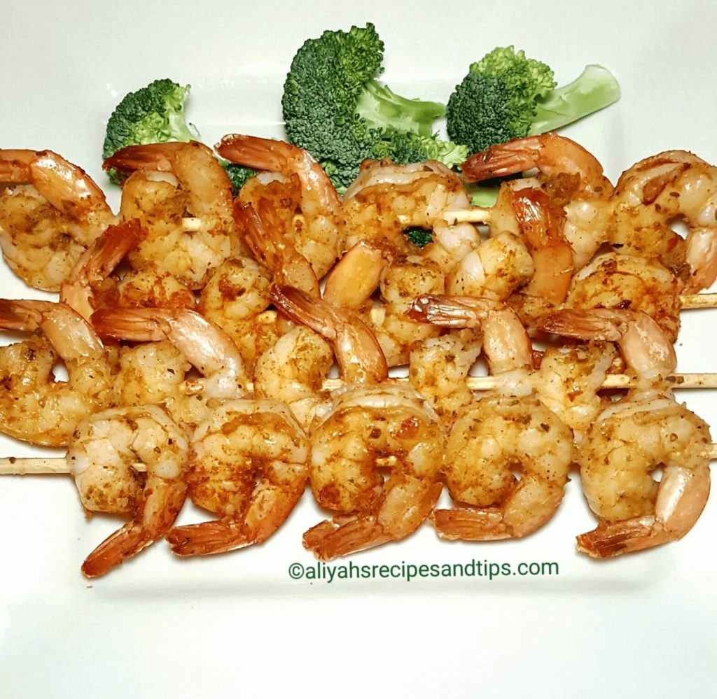 grilled skewer, skewer, spicy, lime, lemon, jumbo, spicy, garlic, grilled shrimp skewer
