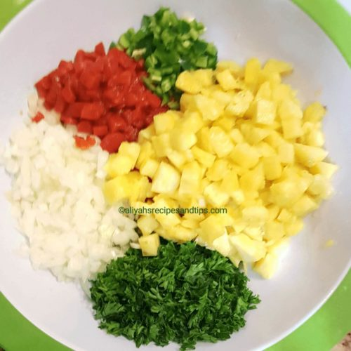 pineapple salsa, pineapple, salsa, grilled, salmon, joe's trade, fish, spicy, Hawaii, roasted, tropical, Mexican, easy, fresh, Jamaican, Mahi mahi