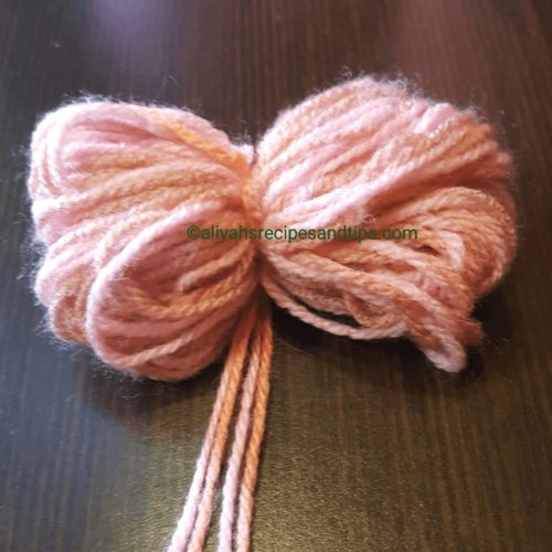 how to, pom, pom pom rug, craft, diy, diy pom pom, living room, purple, baby, yarn, handmade, handmade pom pom rug, handmade pom pom kit, pom pom kit