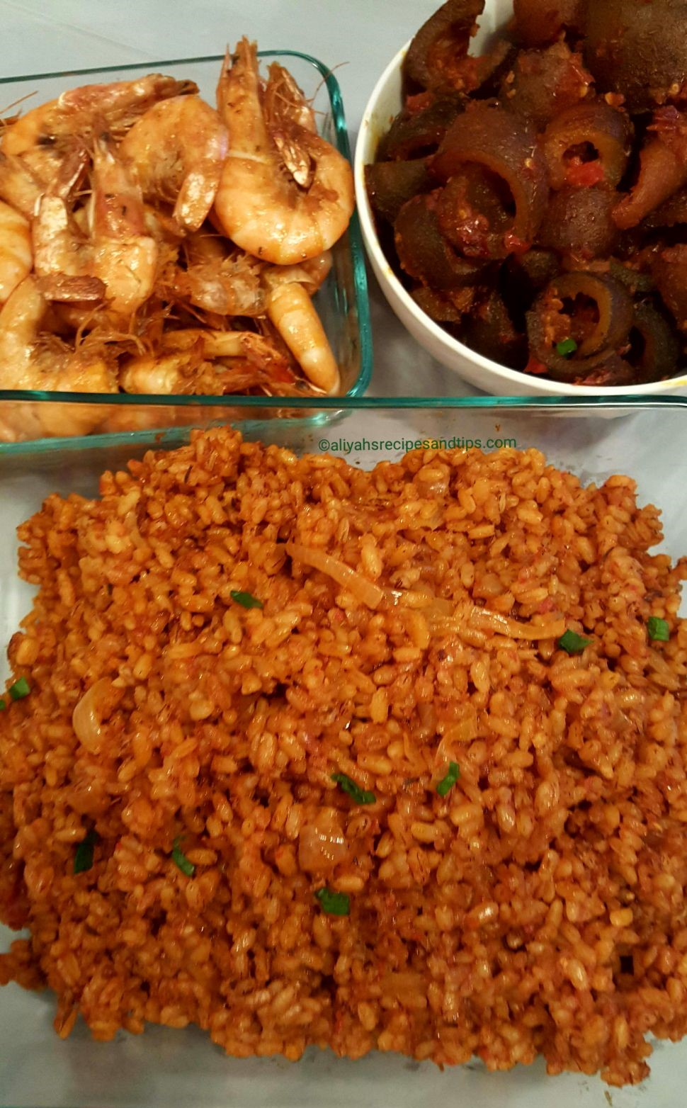 ofada rice jollof rice, ofada rice, native jollof, stew, coconut rice, coconut rice recipe, African, Nigerian jollof rice, coconut milk, coconut jollof ricr, Tybbbe, cook ofada, Nigerian, Nigeria, Ofada sauce, party jollof rice, basmati rice, Brown rice, Brown jollof rice, sisi jemimah