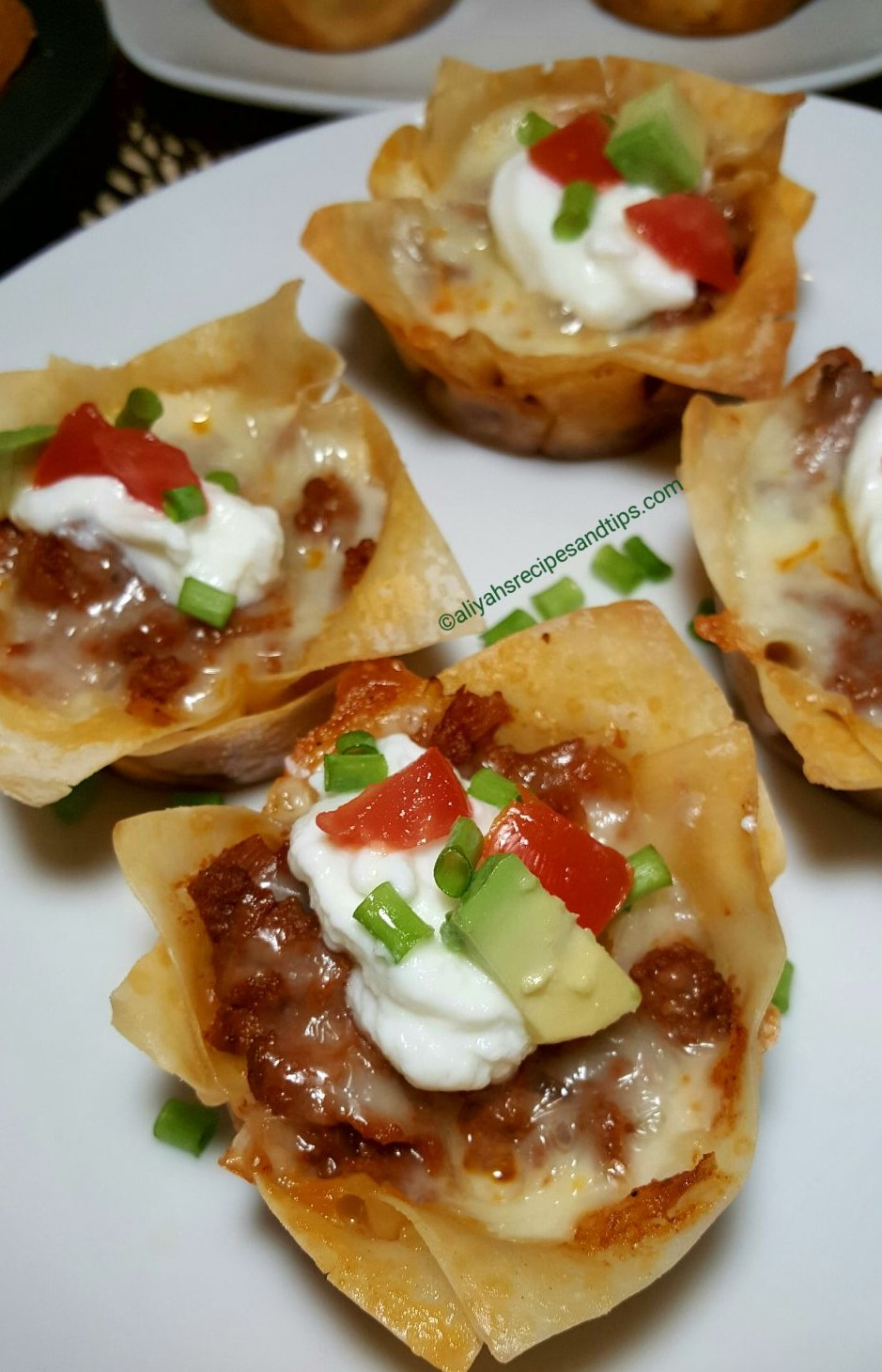 taco cups, wonton, easy, muffins, tasty, keto, party, appertizer, chicken, ground beef, tortilla, double layers, ayered. phyllo, crunchy, wonton wrapper, cheese, turkey, ground beef, baked, tacos, taco tuesday, tacos tuesday, taco cups, taco cups recipe, crunchy taco cups,easy taco cups recipe, easy taco cups, wonton taco cups, tortilla taco cups, mini taco cups