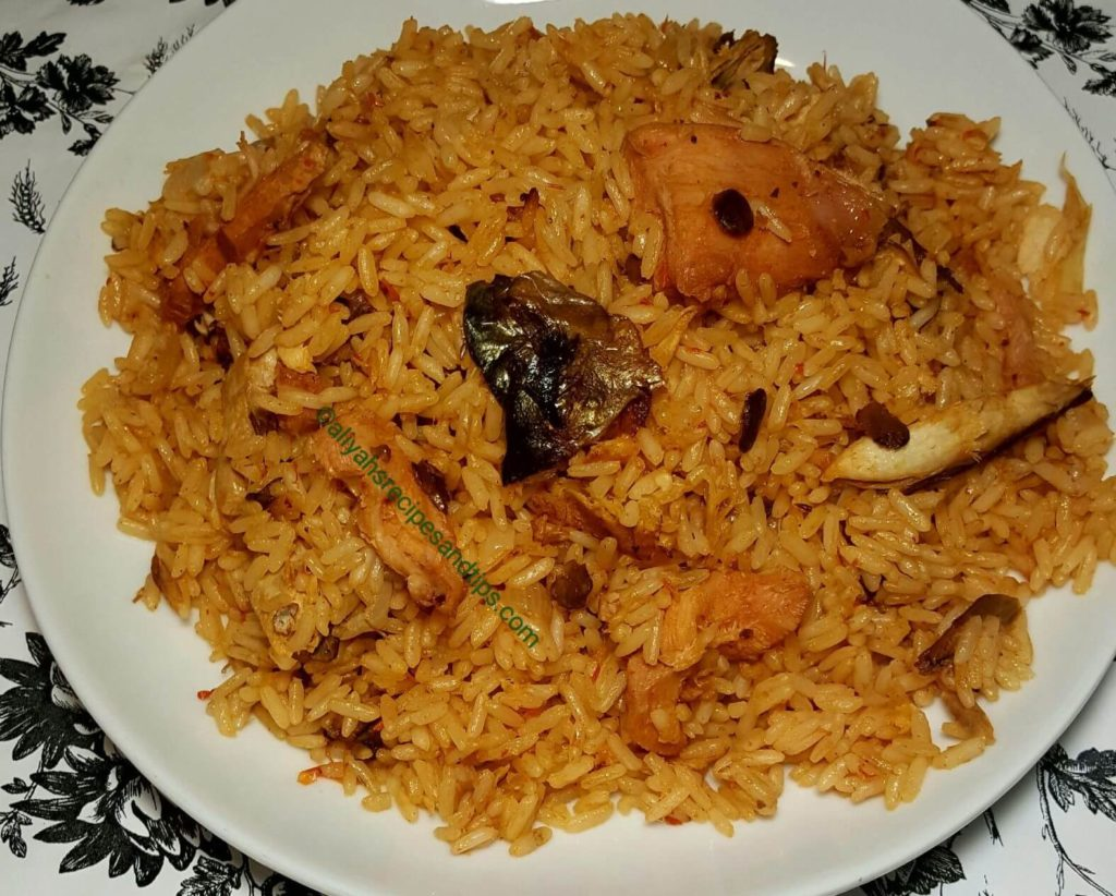 concoction rice, oil free rice, oil free concoction rice, palm oil natice, local, jollof rice, fried rice, well modern cool, coconut, Nigeria, Africa, rice recipe, rice alasepo, how to cook concoction rice, concoction rice, concotion rice recipe, Nigerian concoction rice, African concoction rice, slow cook concoction rice