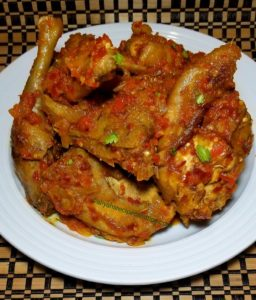 Nigerian chicken stew, recipe, fried chicken,rice, cook, spinach, Ghana, white rice, jollof rice, Carribbean chicken, village chicken, pepper stew food Nigerian, Africa, Nigerian, Nigerian chicken stew, peppered chicken, Nigerian hen chicken, Nigerian hen recipe, African chicken recipe, African stewed hen, African, stew hen