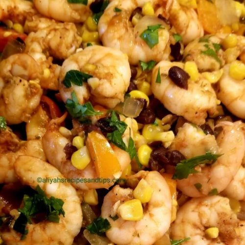shrimp succotash recipe, creole succotash, le creuset, spicy shrimp, lima beans, grits, okra, grilled shrimp, corn succotash, sweet corn, bell pepper, dish, black beans, peppers, shrimp recipes, corn recipes, beans recipes, shrimp succotash recipe, shrimp succotash, edamame succotash, southwest shrimp and succotash, succotash