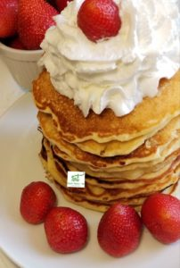 pineapple pancakes, coconut, upside down, ihop, snooze, stuffed, peach, fluffy, tropical, breakfast,brunch, recipe, mango, summer, Hawaiian, banana, pineapple pancakes, pineapple upside-down pancakes, pancakes, pancakes mix, pancakes mixture, best pineapple pancakes, tropical pancakes, hawaiian pineapple pancakes